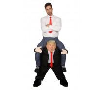 Man op Trump broek